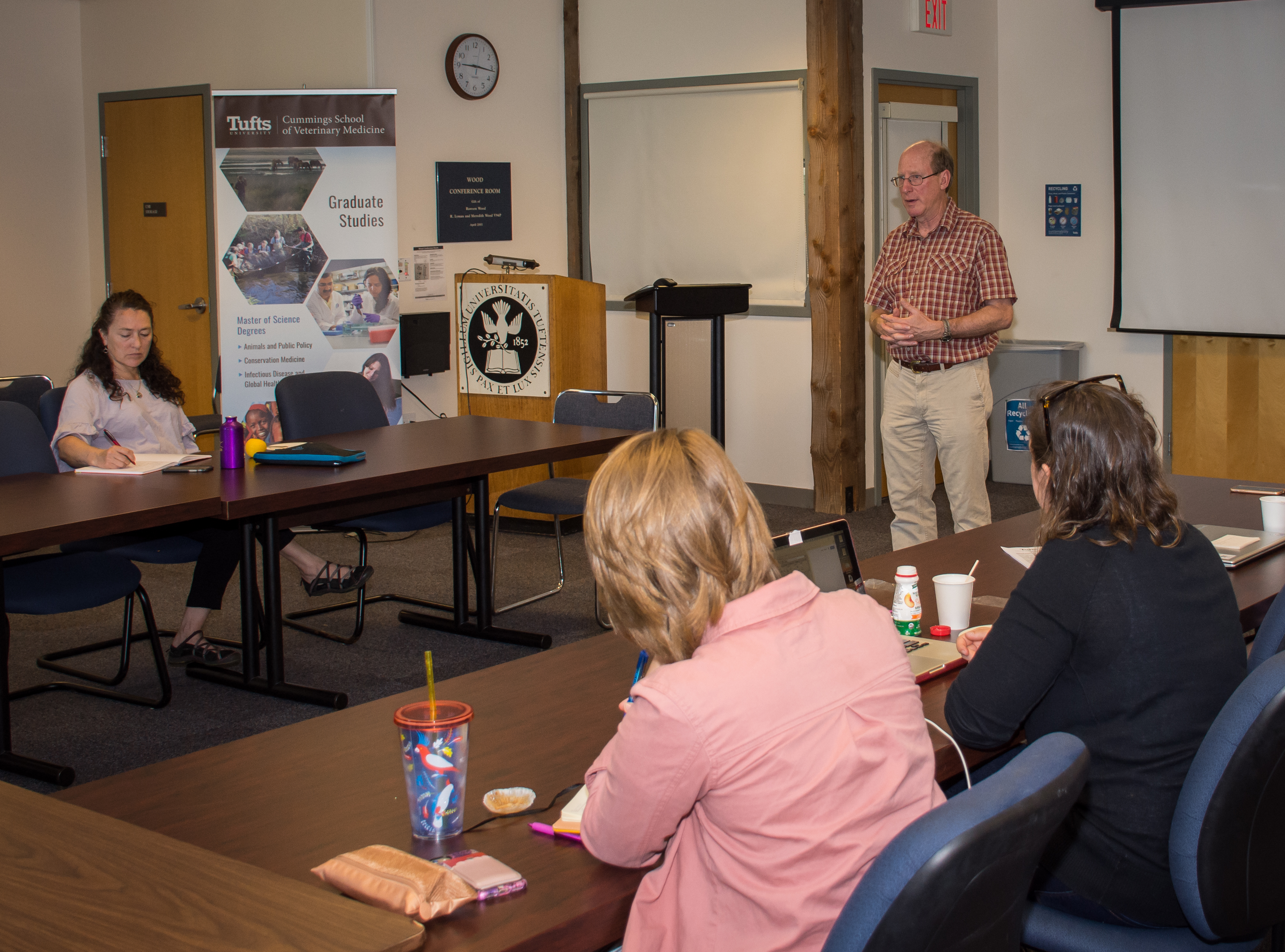 Summer Short Course: Animals and Society 2018 - Dr. Allen Rutberg talked about his deer and horse immunocontraception research.